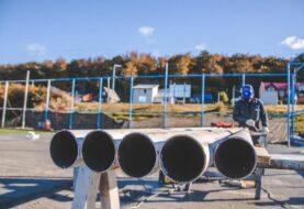 Avanza la construcción del playón deportivo en el espacio CUCAI
