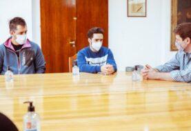 El Gobernador Melella reconoció a los paradeportistas Nicolás Lima y Alexis Padovani