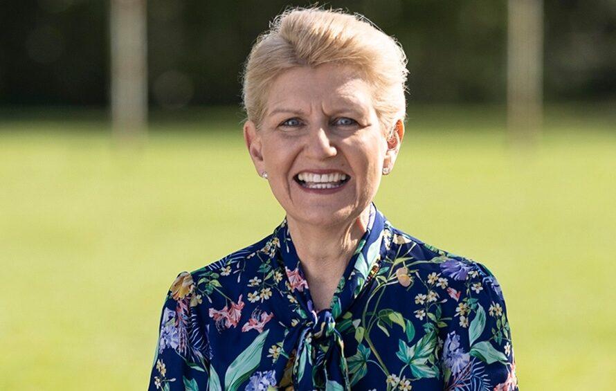 Debbie Hewitt será la presidenta de la Federación de Fútbol inglesa