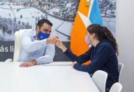 Vuoto se reunió con la campeona nacional Renata Godoy